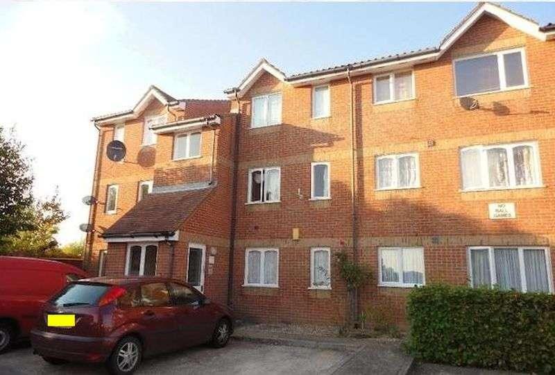 1 Bedroom Flat for sale in Cobbett Close, Enfield EN3