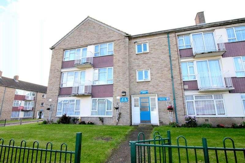 3 Bedrooms Flat for sale in 3 bedroom flat in Enfield