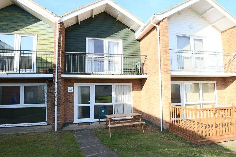 House for sale in Waterside Holiday Park, Lowestoft