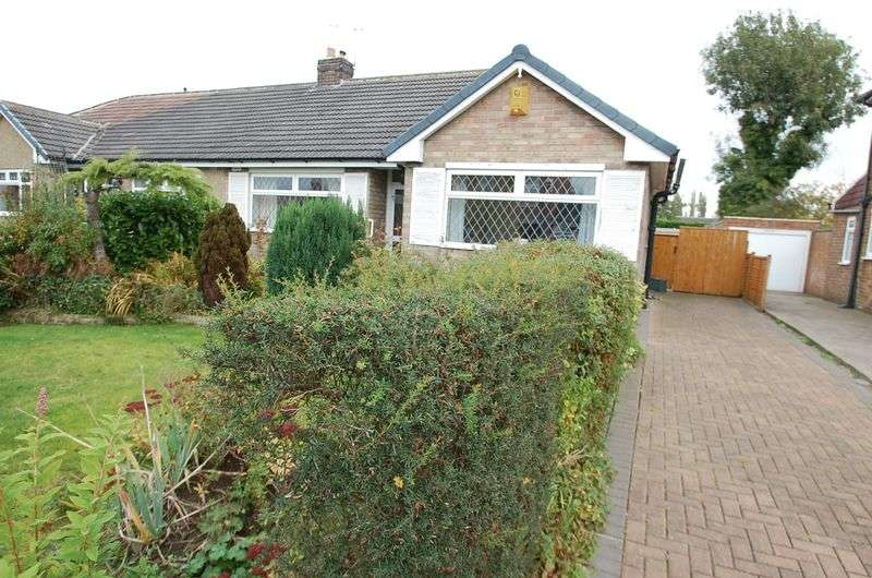 2 Bedrooms Semi Detached Bungalow for sale in Richardson Road, Thornaby, Stockton-On-Tees