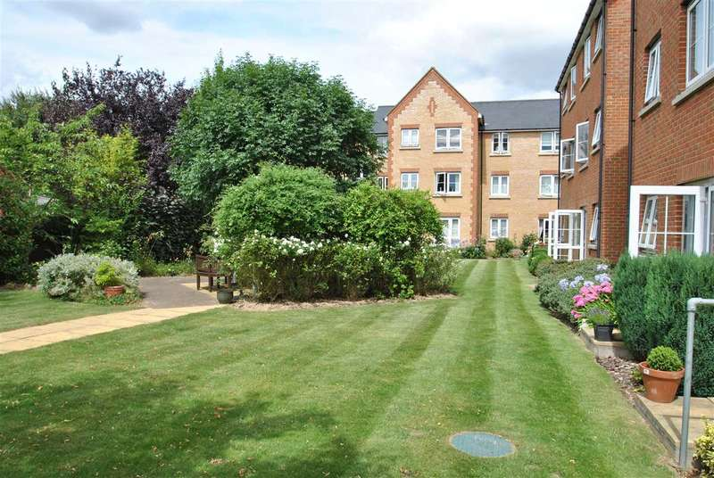 1 Bedroom Retirement Property for sale in Albert Court, Railway Street, Braintree