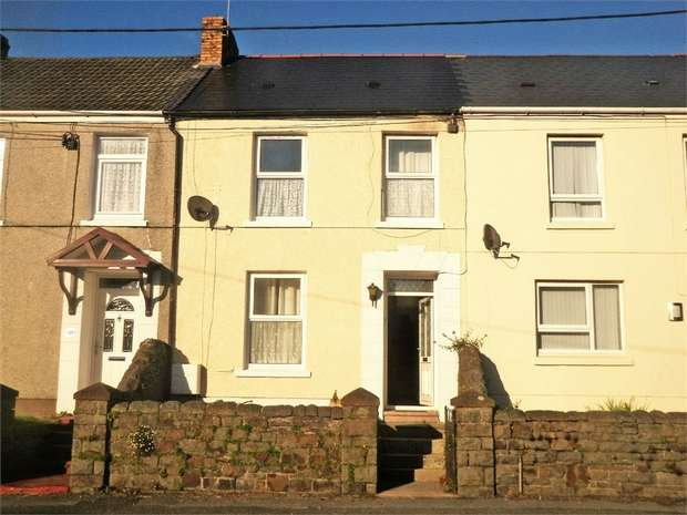 3 Bedrooms Terraced House for sale in Danlan Road, Pembrey, Burry Port, Carmarthenshire
