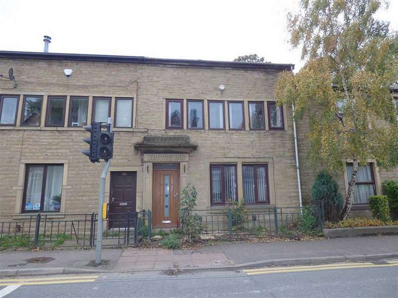 4 Bedrooms Property for sale in Oldham Road, Rochdale, Lancashire, OL11