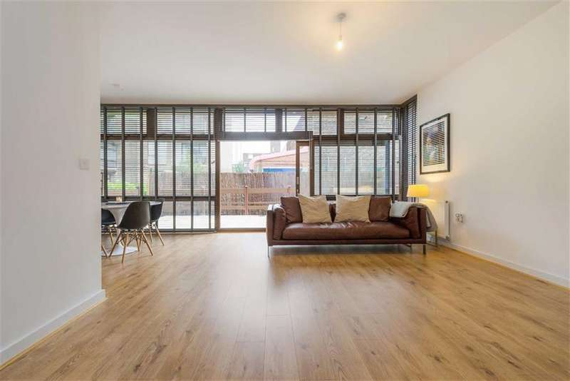 1 Bedroom Property for sale in Lilian Baylis Old School, Cabanel Place, Kennington, London, SE11