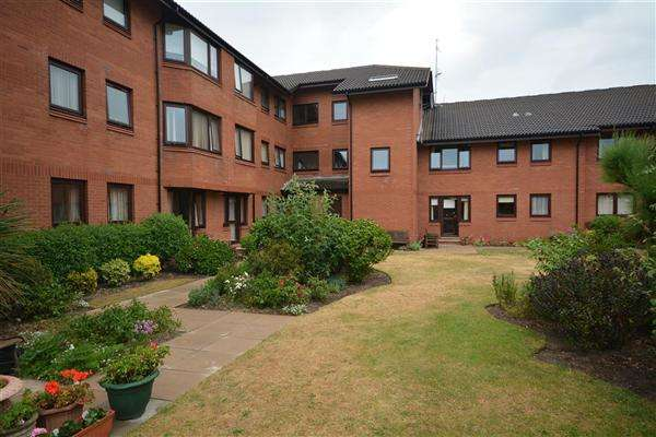 1 Bedroom Apartment Flat for sale in Ground Floor Flat, Cromer Court, Hoylake