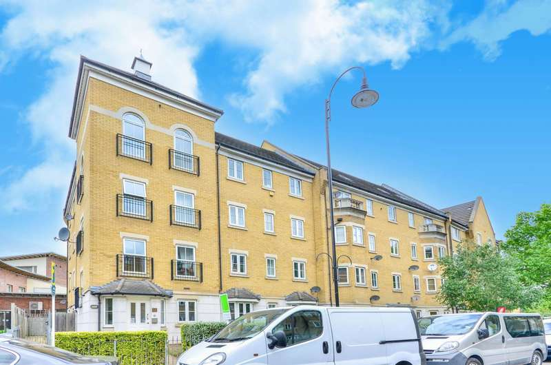 2 Bedrooms Flat for sale in Kelly Avenue, Peckham, SE15