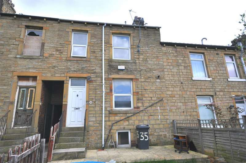 2 Bedrooms Terraced House for sale in Scholes Road, Birkby, HUDDERSFIELD, West Yorkshire