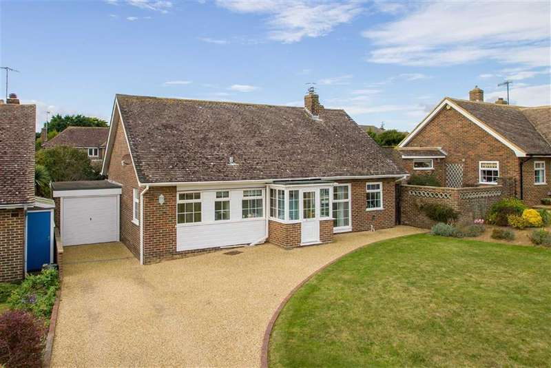 3 Bedrooms Property for sale in Fairways Close, Seaford, East Sussex