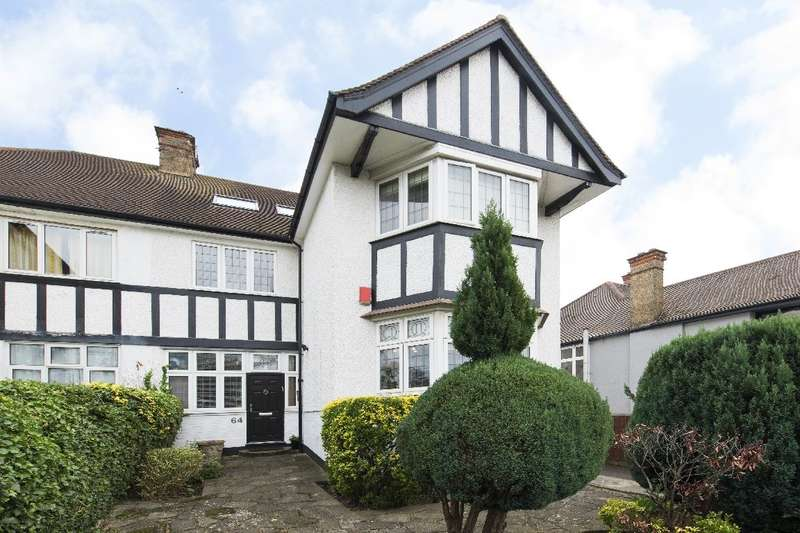 5 Bedrooms Property for sale in Hodford Road, NW11