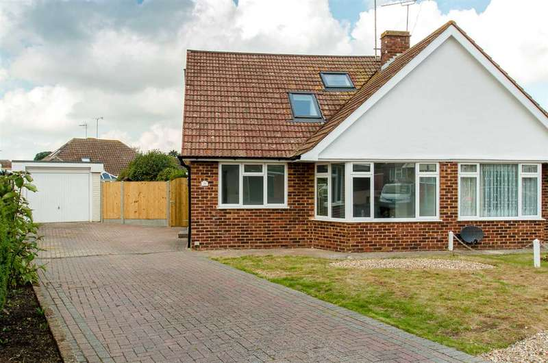 3 Bedrooms Semi Detached House for sale in Woodside Gardens, Sittingbourne