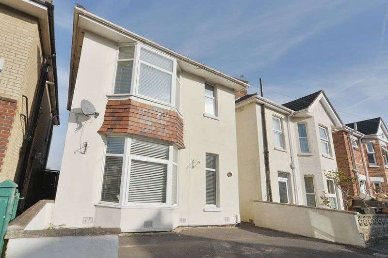3 Bedrooms Detached House for sale in Spacious Character Three Bedroom Detached House in Winton