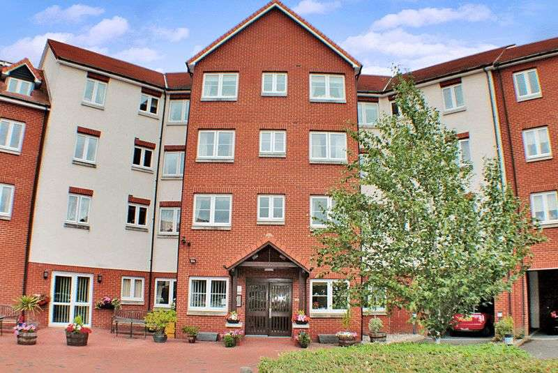 2 Bedrooms Retirement Property for sale in Tylers Ride, Chelmsford, CM3 5ZT