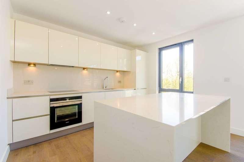 3 Bedrooms Flat for sale in Redmans Road, Whitechapel, E1