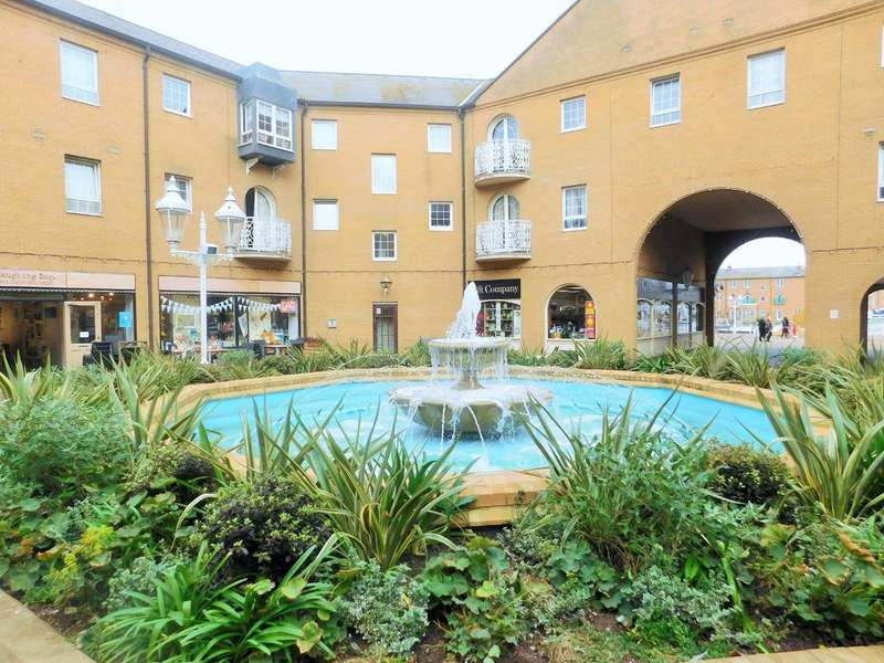 1 Bedroom Flat for sale in The Octagon, Brighton Marina Village