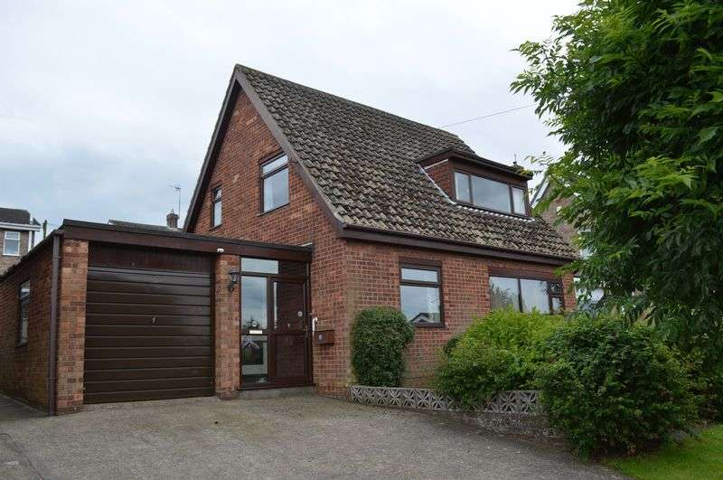 3 Bedrooms House for sale in Thurlby Close, WASHINGBOROUGH