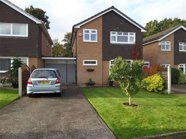 4 Bedrooms Detached House for sale in Knole Avenue, Poynton, Stockport