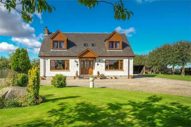 4 Bedrooms Detached House for sale in Rait Road, Perth