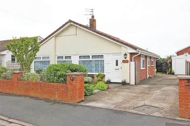 4 Bedrooms Detached Bungalow for sale in Burnside Avenue, Fleetwood, Lancashire