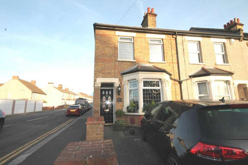3 Bedrooms House for sale in Brook Street, Erith