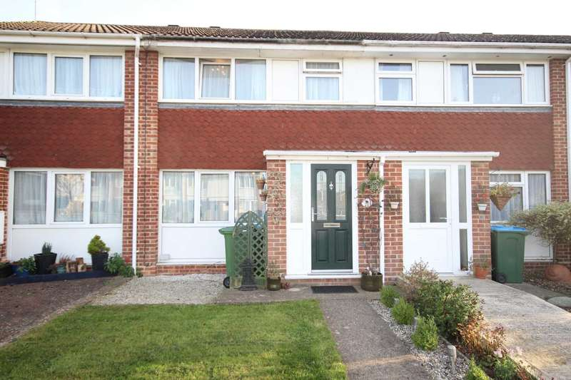 3 Bedrooms Terraced House for sale in Hillington Close, Aylesbury