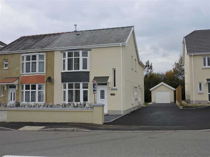 4 Bedrooms Property for sale in Llandybie Road, Ammanford