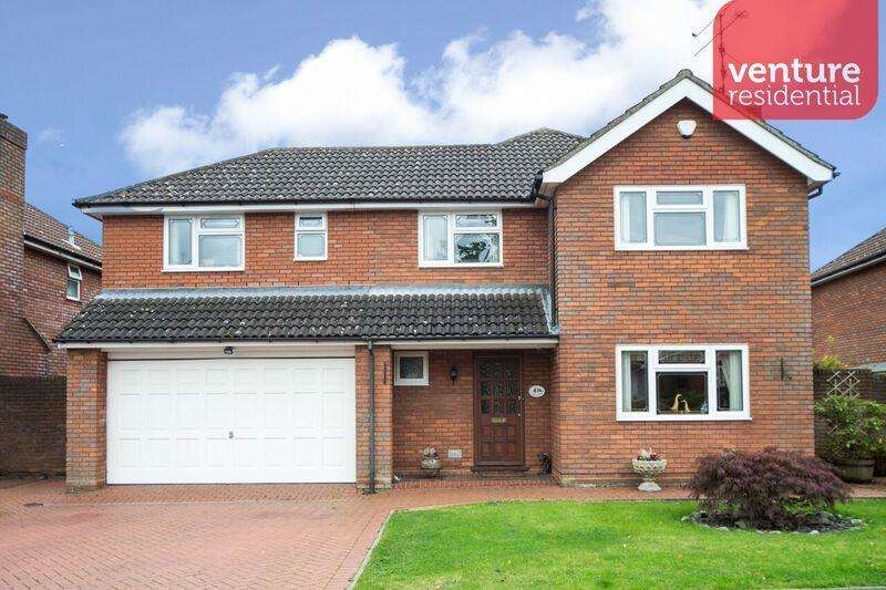 5 Bedrooms Detached House for sale in Sunset Drive, Luton, Bedfordshire, LU2 7TN