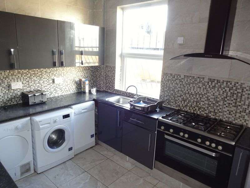 8 Bedrooms Flat for rent in Illkeston Road,