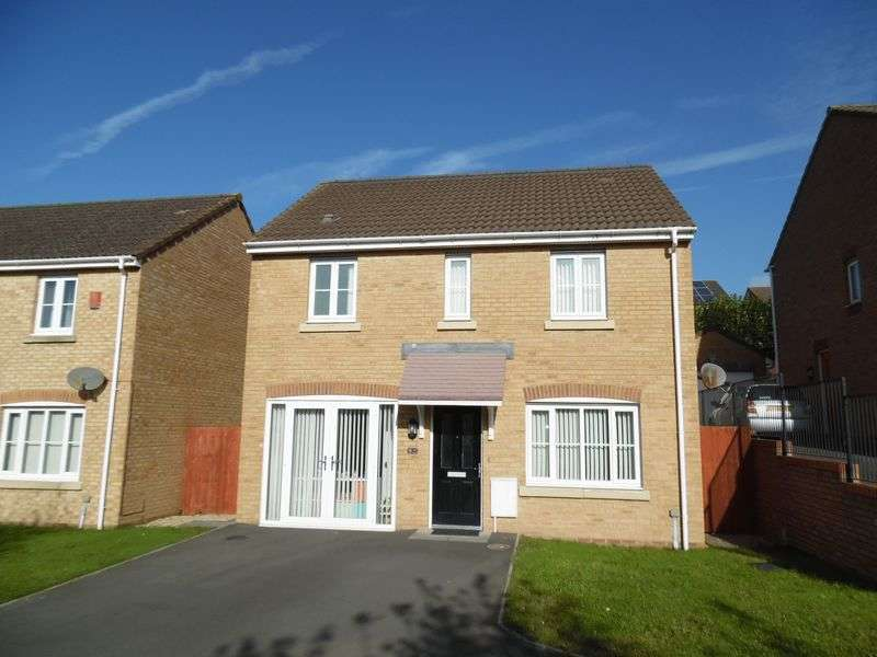 3 Bedrooms Detached House for sale in Plorin Road North Cornelly Bridgend CF33 4 PZ