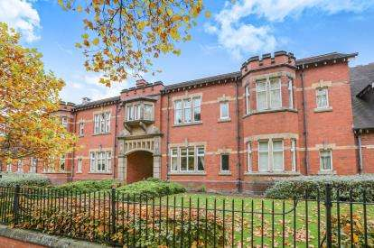 3 Bedrooms Terraced House for sale in Devon Road, West Park, Wolverhampton, West Midlands