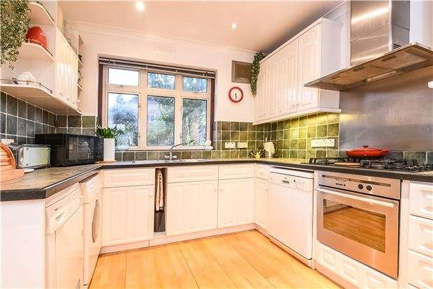 4 Bedrooms Terraced House for sale in Ashbourne Road, Mitcham, Surrey, CR4