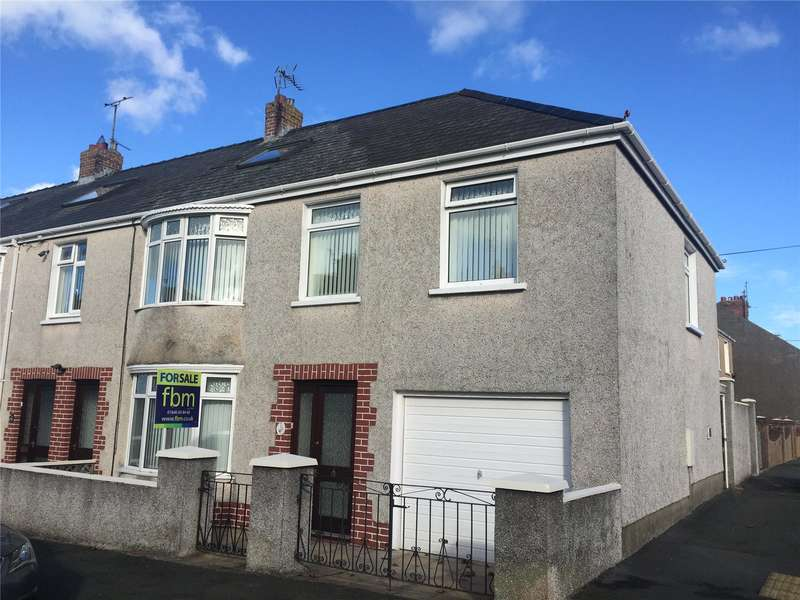 3 Bedrooms End Of Terrace House for sale in Stratford Road, Milford Haven, Pembrokeshire