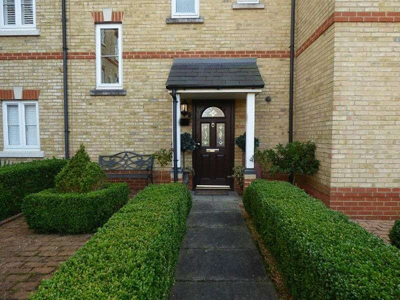 3 Bedrooms Mews House for sale in Medina Square, EPSOM, Surrey