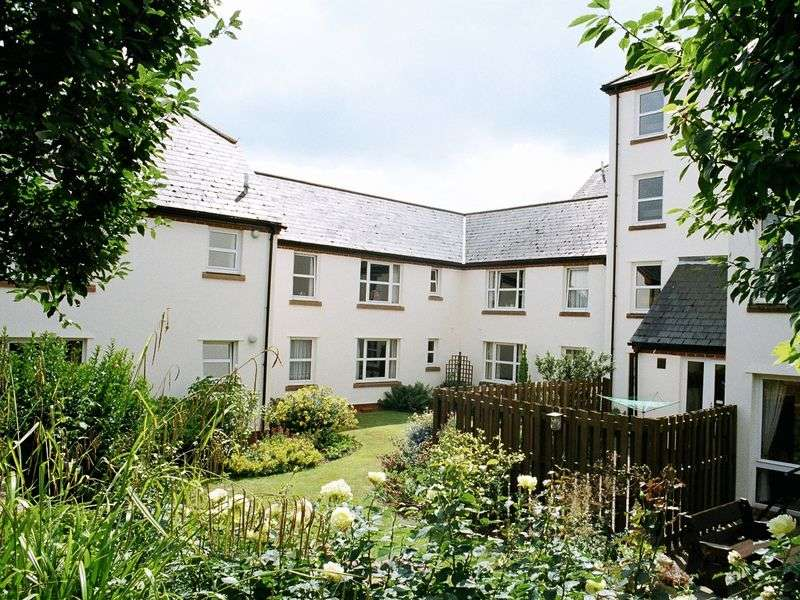 2 Bedrooms Retirement Property for sale in Homemeadows House, Sidmouth, EX10 8UU