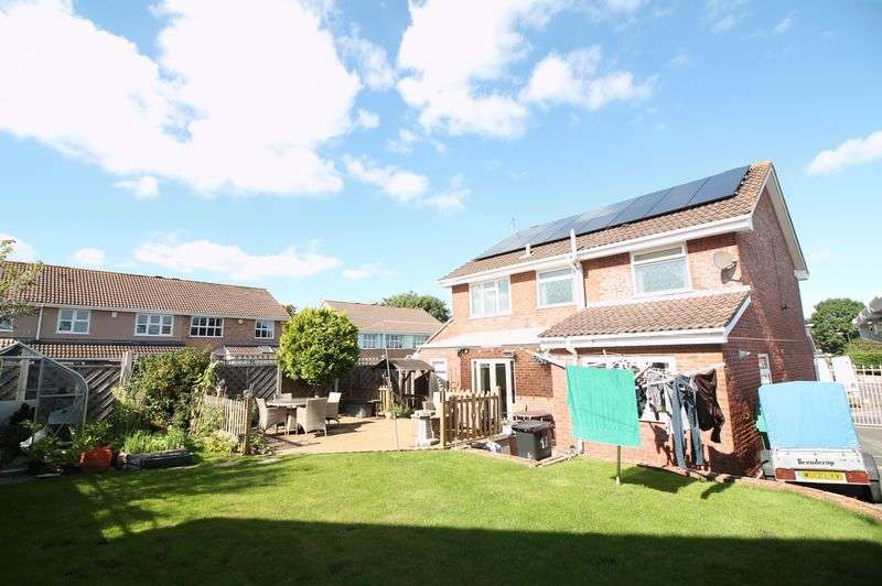 4 Bedrooms Property for sale in Stoneberry Road, Whitchurch, Bristol