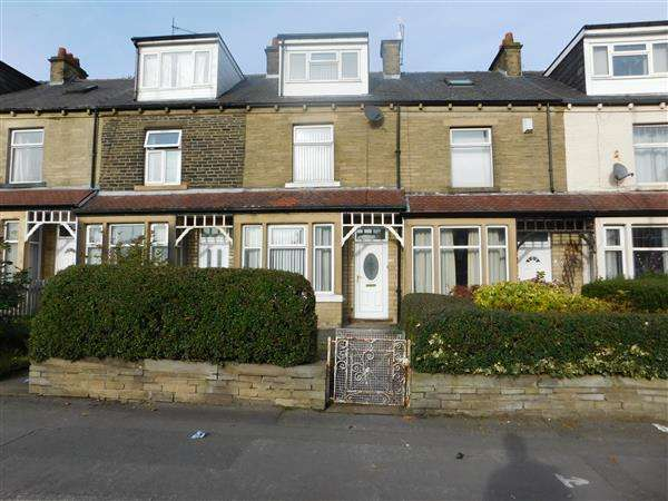 4 Bedrooms Terraced House for sale in Clayton Road, Bradford