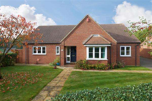 3 Bedrooms Bungalow for sale in Dereham Road, EASTON