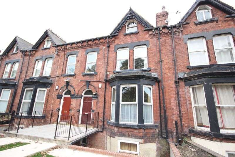 10 Bedrooms Terraced House for rent in Hyde Park Road, Hyde Park, LEEDS