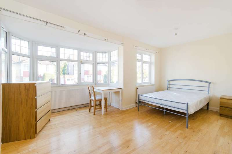 6 Bedrooms House for sale in Worple Way, Rayners Lane, HA2