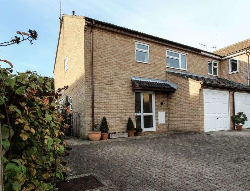 3 Bedrooms Semi Detached House for sale in Ashley Gardens, Littleport