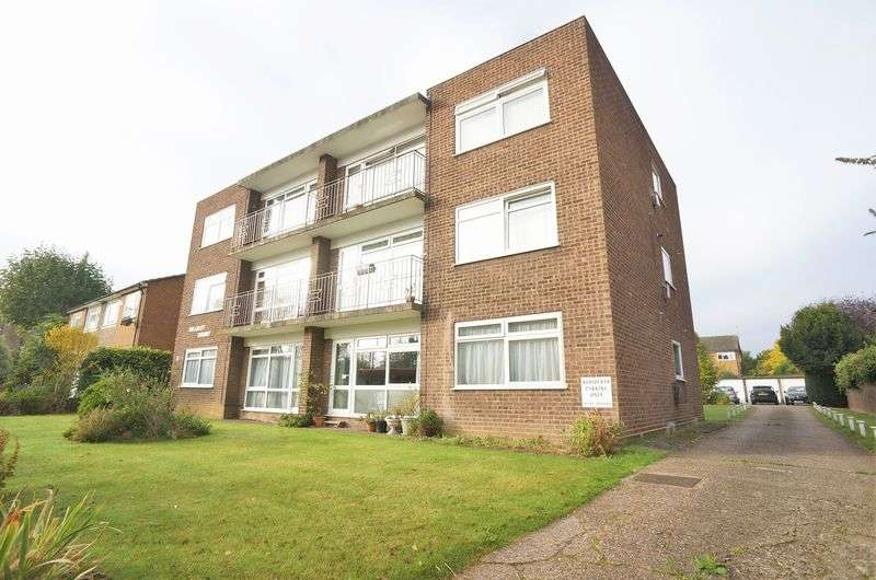 2 Bedrooms Flat for sale in Elm Road, Sidcup