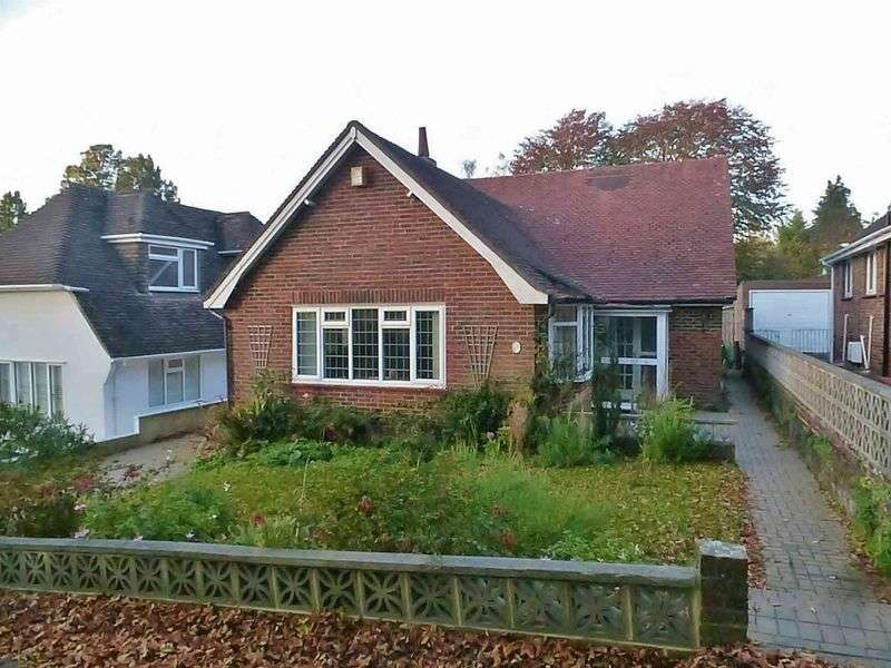 3 Bedrooms Detached Bungalow for sale in Audrey Close, Patcham, Brighton,