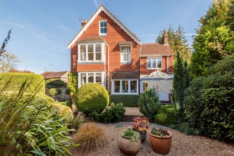 5 Bedrooms Detached House for sale in Hassocks Road, Hurstpierpoint, West Sussex,