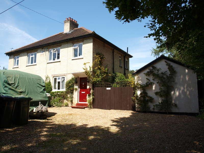 3 Bedrooms Cottage House for sale in Mundford Road