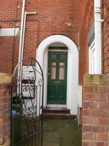 5 Bedrooms Semi Detached House for rent in Lodge Road - Portswood - Southampton