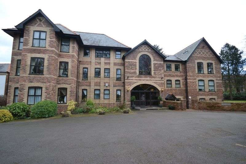 3 Bedrooms Flat for sale in Broomleigh, Booth Road, Altrincham