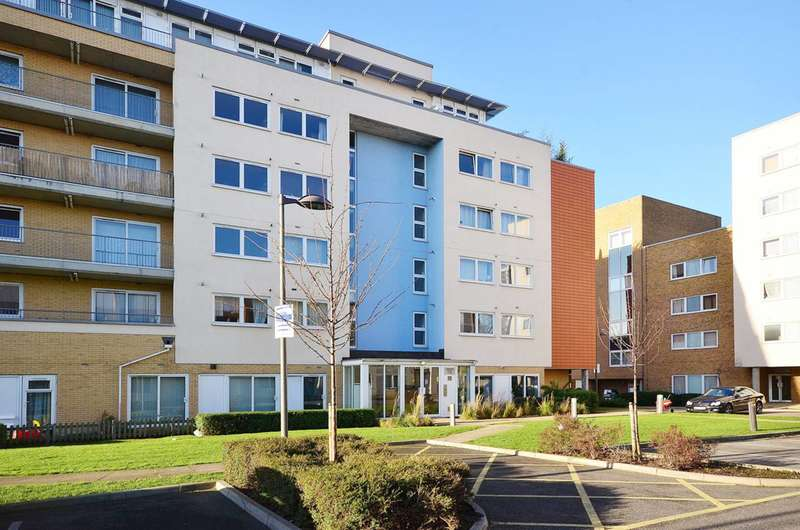 1 Bedroom Flat for sale in Flint Close, Stratford, E15