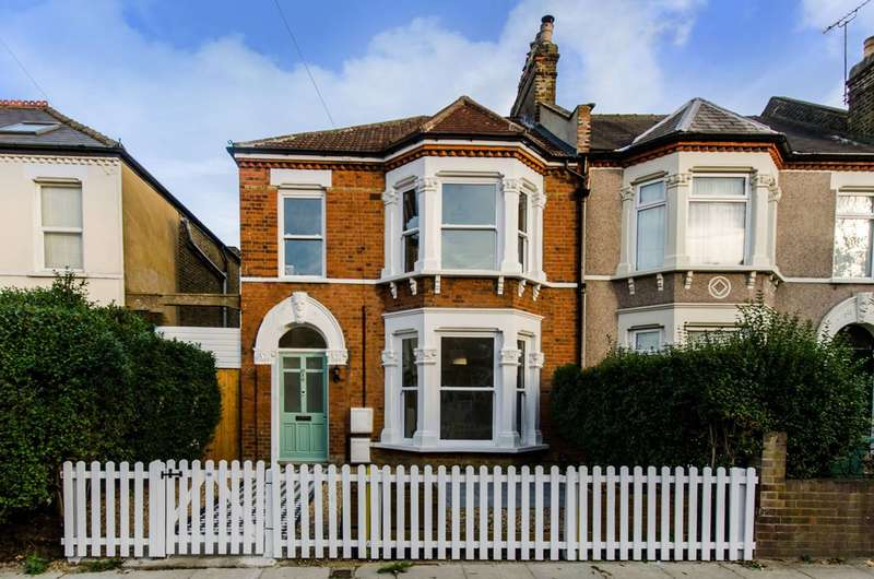 1 Bedroom Flat for sale in Birkhall Road, Catford, SE6