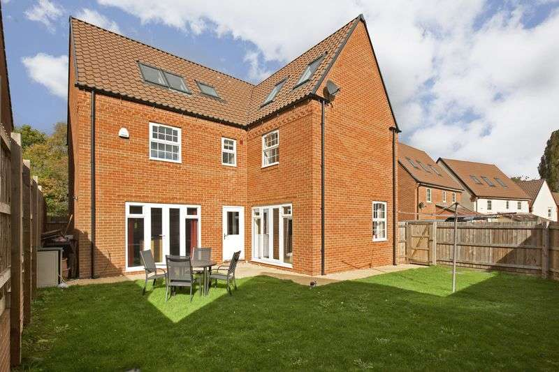 6 Bedrooms Detached House for sale in TAUNTON