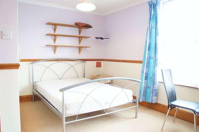 6 Bedrooms Semi Detached House for rent in Hunton Road, Erdington, Birmingham, B23
