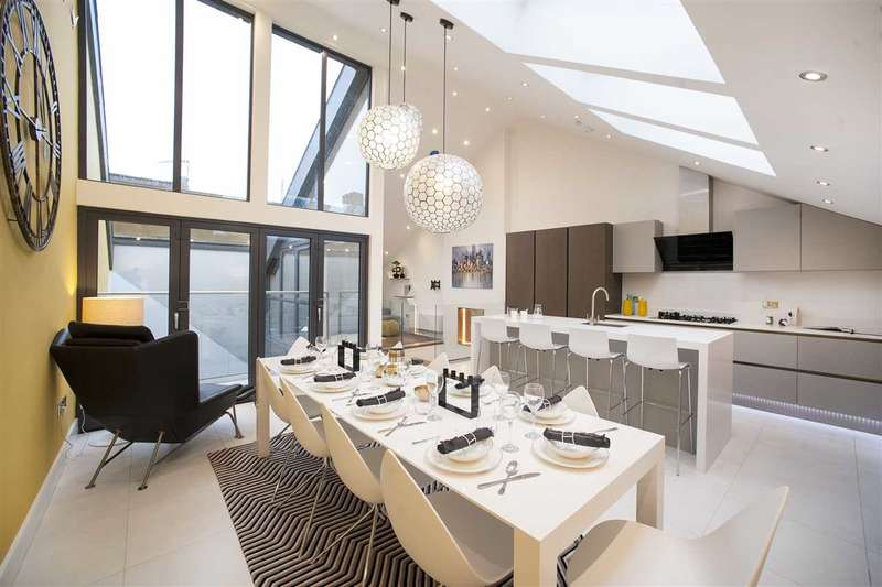 5 Bedrooms House for sale in Godolphin Road, 7 Townhouse Mews, Shepherd's Bush